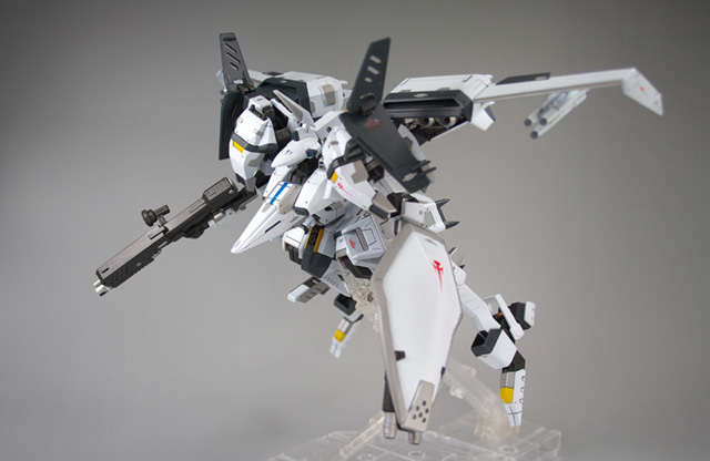 004 Now THATs an Armored Core: Cronus Custom VESTAL